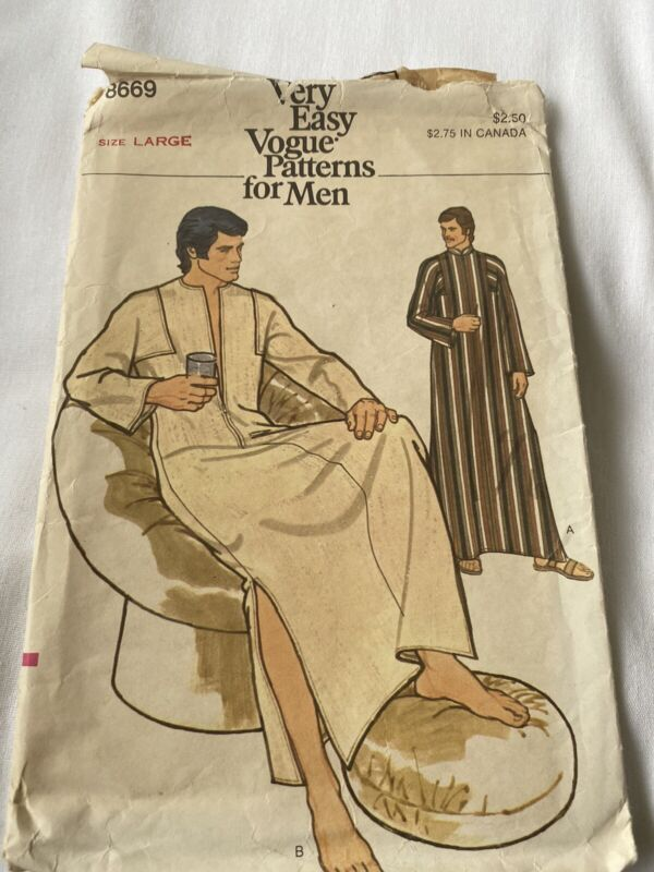 Vintage Vogue Sewing Pattern 8669 Men's Caftan Size Large