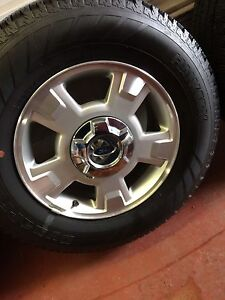 Ford F150 alum wheels and Tires 235/75/17