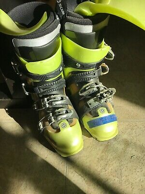 SCARPA Telemark Ski Boots 3 Buckle Scarpa Intuition Liners Men's 8/9 Scarpa Intuition Liner