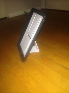 iPad case with stand built in Cambridge Kitchener Area image 5