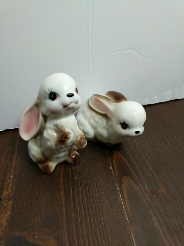 Vintage Made In Japan Bunny Rabbit Salt And Pepper Shakers