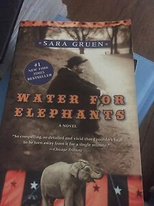 Water for elephants good condition paperback