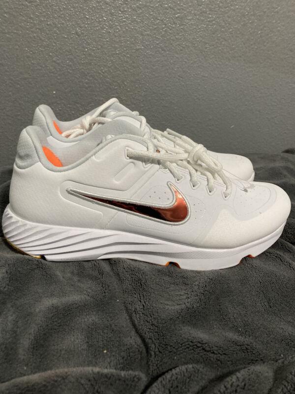 Nike Womens Alpha Huarache Elite 2 Turf Trainers Softball Shoes CJ9988-102 Sz 8