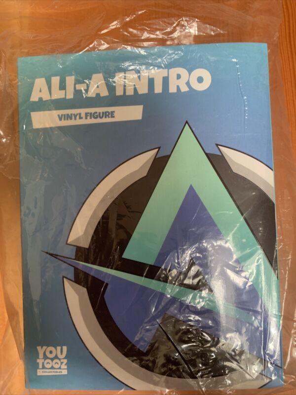 YouTooz #12 Ali-A Intro Vinyl Figure LE1000 BNIB