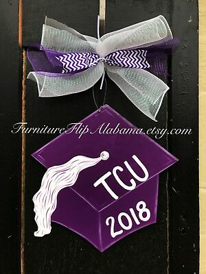 Personalized graduation cap wreath,graduation door hanger,graduation party decor (Personalized Door Wreath)