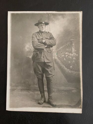 WWI  -  Original Soldier in Uniform - with Pistol and holster - RARE