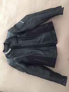 Women's leather motor bike jacket. Hampstead Gardens Port Adelaide Area Preview