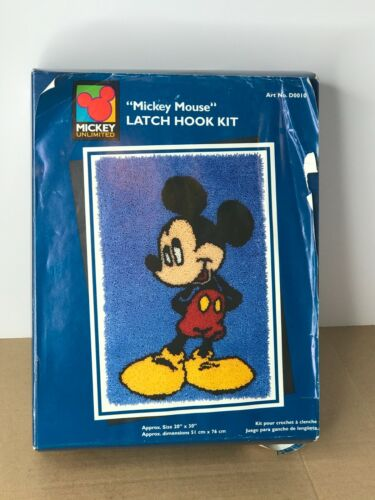 Caron International Mickey Unlimited MICKEY MOUSE Latch Hook Kit USA READ DESCRI