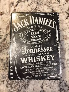 Jack Daniels Tin Box with 2 Glasses with Authenticity Papers