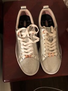 Ted baker woman shoes 8/5 silver