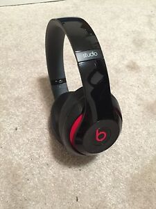 Dr Dre. Beats Studio Wired