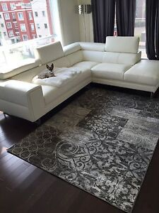 White leather couch sofa from corbeil