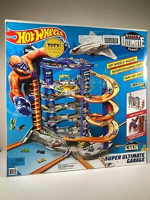 NEW! Hot Wheels Super Ultimate Garage Playset Motorized Over 3 Feet Tall