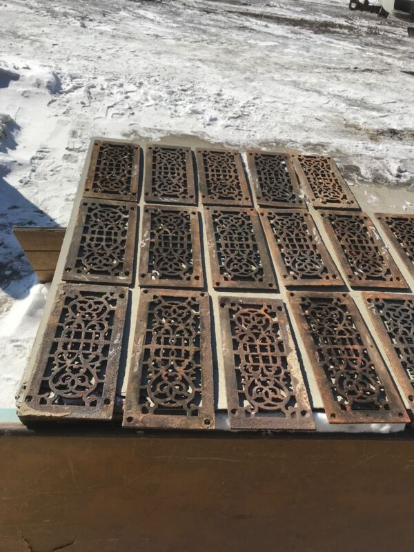 Rl 3 Antique Cast-Iron Heating Grate 36 Av Price Ea5.25 x 11.75 As Found