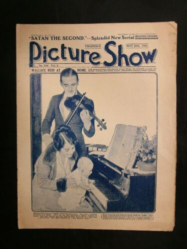 Vintage Foreign Movie Magazine Picture Show 5/28 1921 Wallace Reid w/ Family