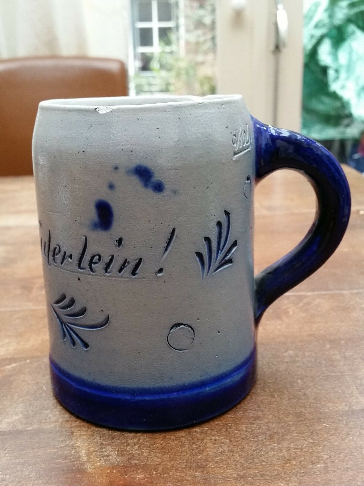 VINTAGE GERMAN SALT GLAZED 0.5L BEER MUG STEIN, COBALT BLUE & GRAY 4.7