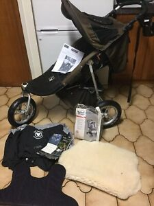 Valco runabout deluxe 3 wheel jogger pram with accessories
