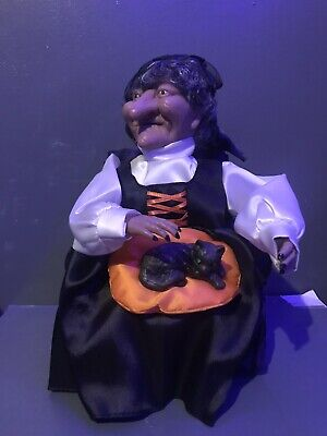 Vintage Halloween Animated Gemmy Sitting Cat Witch