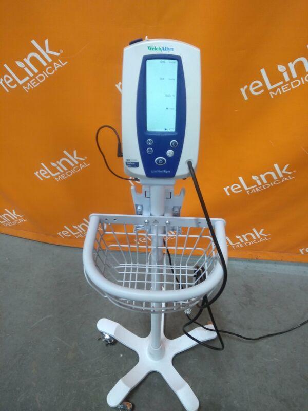 Welch Allyn Inc. 4200B Spot Vital Signs Monitor