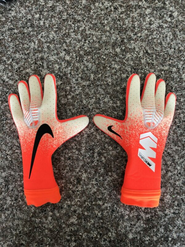 Nike Soccer Mercurial Touch Elite Goalie Goalkeeper Gloves GS3377-100 - Size 10