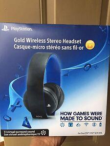 SONY PlayStation Wireless Headset Gold