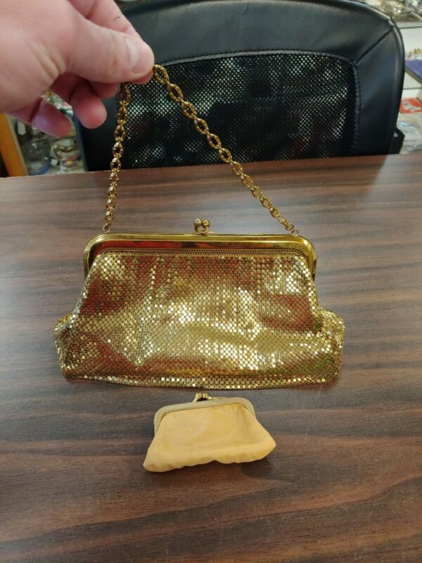 VINTAGE WHITING DAVIS GOLD MESH PURSE WITH COIN PURSE