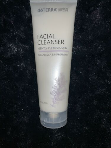 dōTERRA Essential Skin Care - FACIAL CLEANSER - 4 FL OZ - M