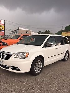 2012 Dodge minivan Town and Country