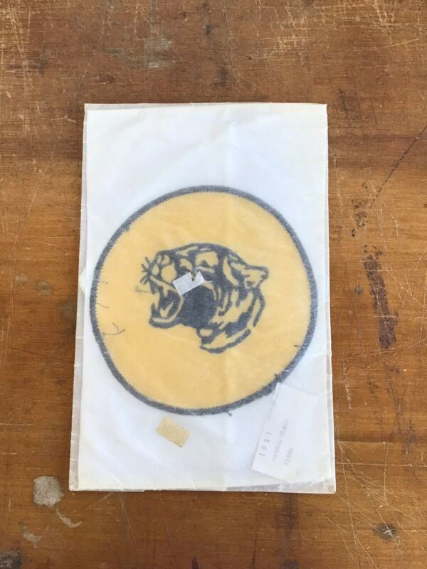 Vintage 1970s Boy Scouts BSA Embroidered TIGER Patrol Flag NEW