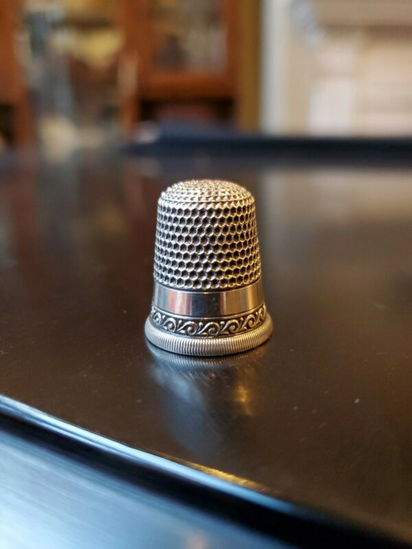Antique Sterling Silver Victorian Era Thimble Waite Thresher Early Star Mark 10