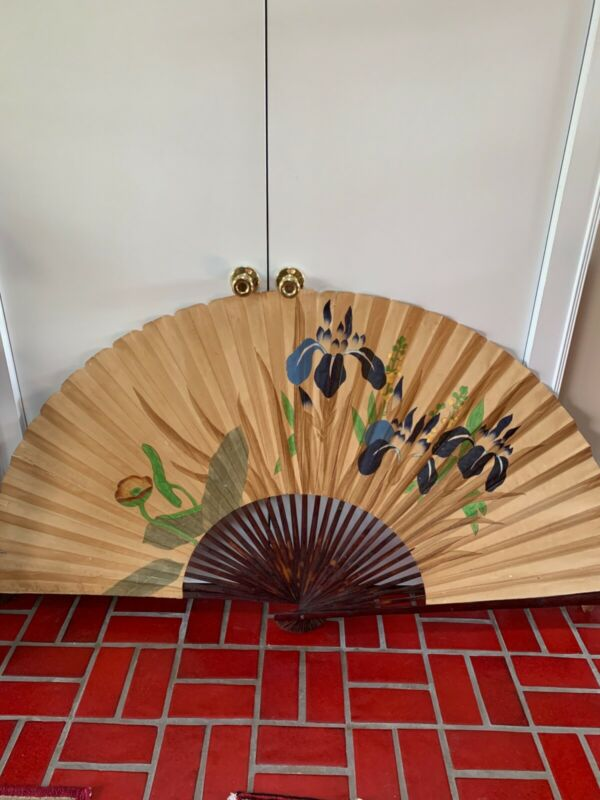 "BEAUTIFUL ANTIQUE CHINESE LARGE FAN - 36""h x 66""w - Perfect Oriental Decoration"
