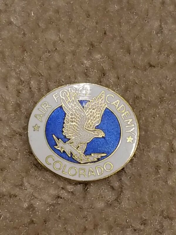 VINTAGE US AIRFORCE ACADEMY PIN