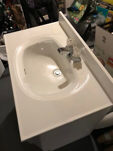 """31"""" Vanity with sink, tap and lights"""