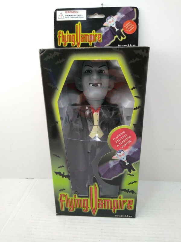 Flying Vampire Halloween Flashing Red Eyes Flapping Wings Magical Key Inc. NIOB