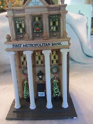 Dept 56 First Metropolitan Bank   Christmas In The City    58823   1016Sh 1117