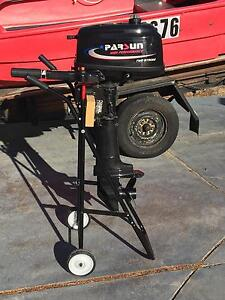 Parsun 5.8 outboard with trolley Melville Melville Area Preview