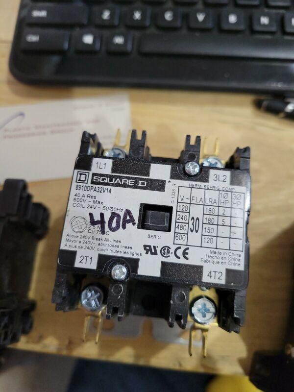 Square D 8910 DPA32V14 40 Amp 2 Pole 24V Coil Definite Purpose 00252