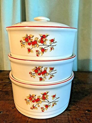 Vintage Universal Potteries Cambridge Stacking Set Bittersweet, 4 Pieces