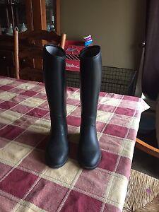 Dublin girls size 3 riding boot