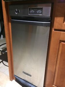 Kitchenaid garbage compactor- stainless steel