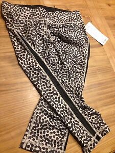"Lululemon ""gather and sprint crop"" size 8 London Ontario image 2"