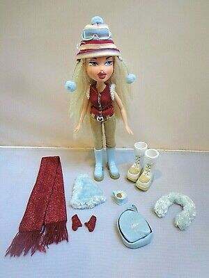 "Bratz ""Wintertime Wonderland"" Cloe with Original clothes & accessories"