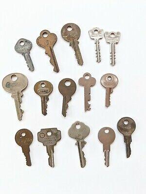 LOT of 15 Vintage Keys Slymaker, American, Guard, Masterlock, Bargman, Wright