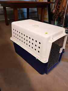 Pet carrier/ animal transport cage Moana Morphett Vale Area Preview