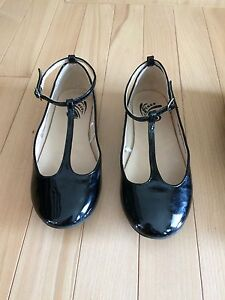 Girls dress shoes $10 each