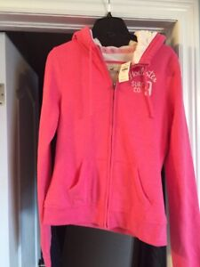 New with tags hollister hoodie