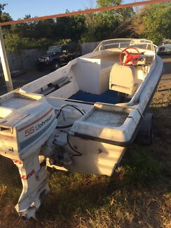 Boat and trailer no rego $1700