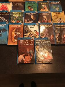 Hard cover Hardy Boys Novels  25$ for all 17