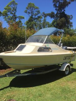 Haines hunter v146c Ocean View Pine Rivers Area Preview