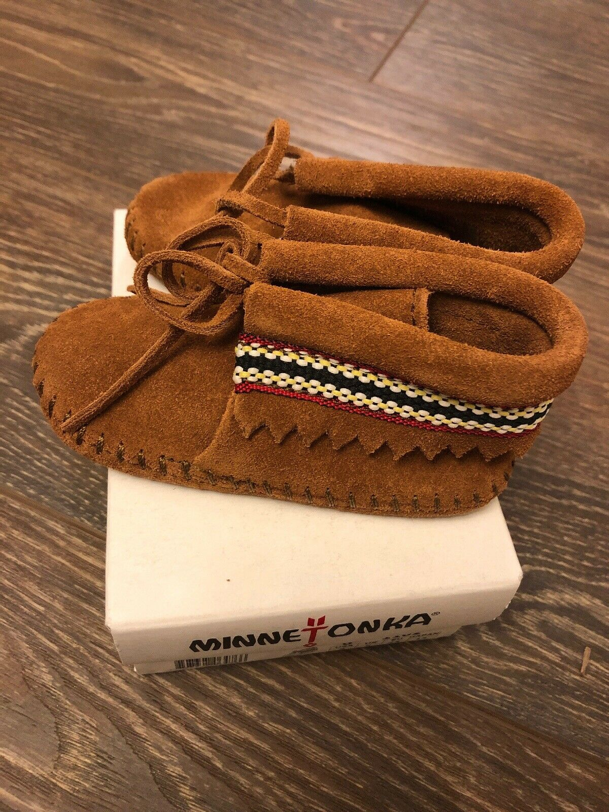 minnetonka moccasins Boots Unisex Size 6 Infants Braid Bootie Brown 1